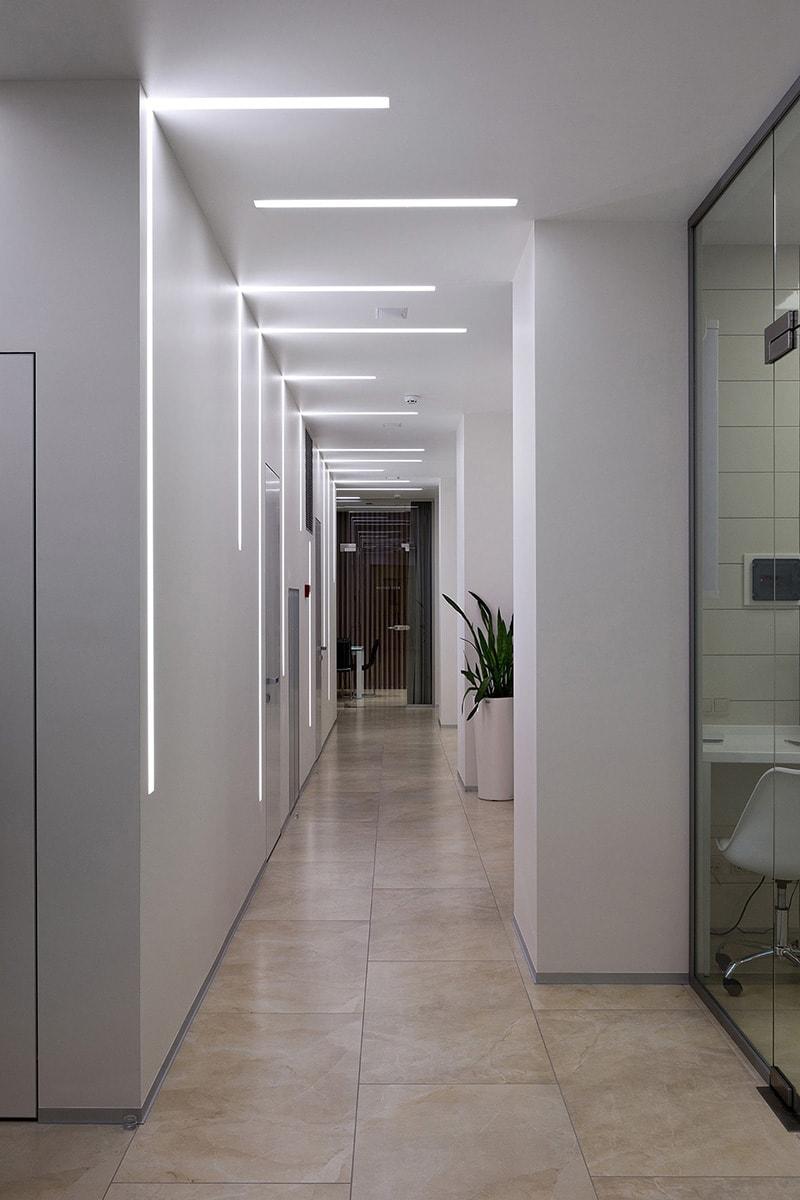 DIGITAL DENTAL CLINIC TEFI corridor-min